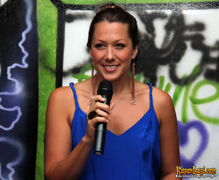 Interview With Colbie Caillat