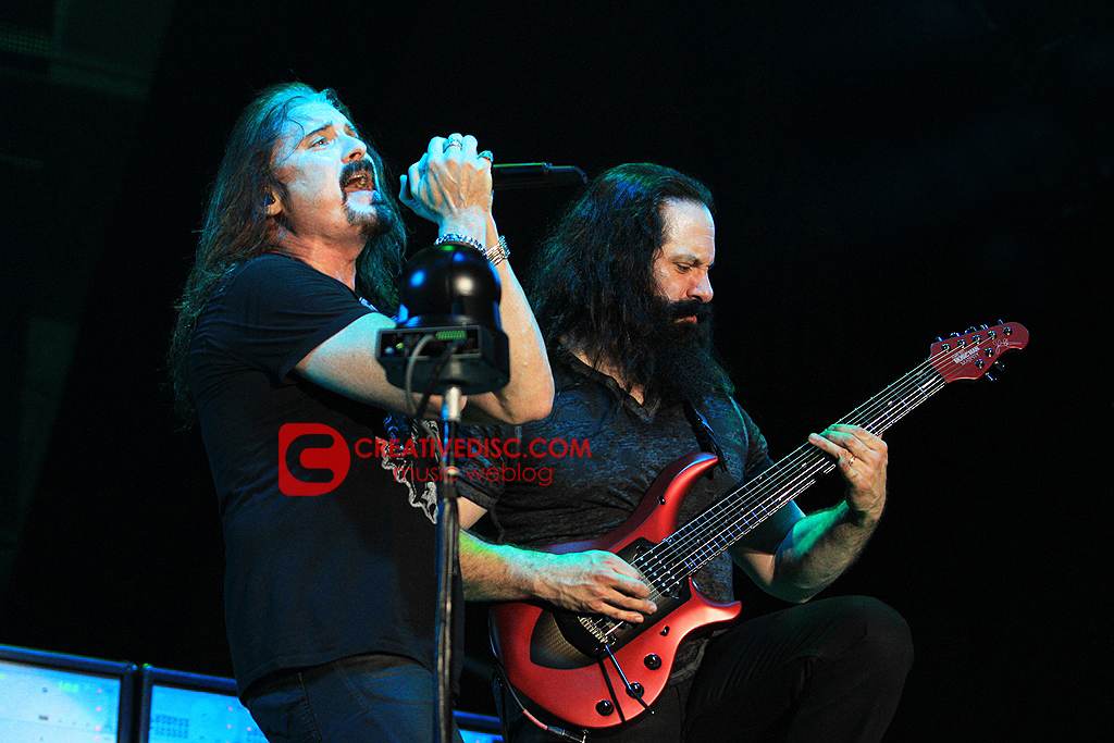 """Photo Gallery: Dream Theatre """"Along For The Ride"""" Tour Live in Jakarta"""