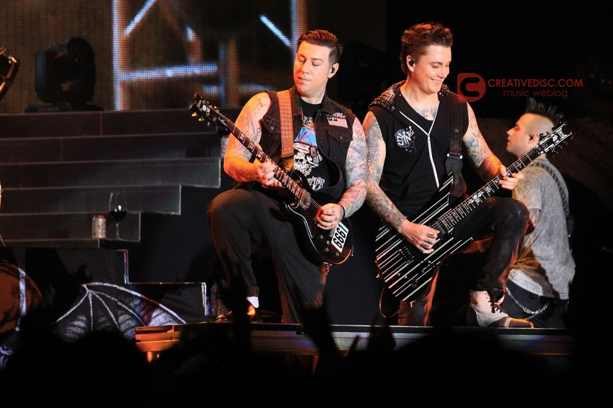 "Photo Gallery: Avenged Sevenfold ""Hail To The King Asian Tour 2015"""