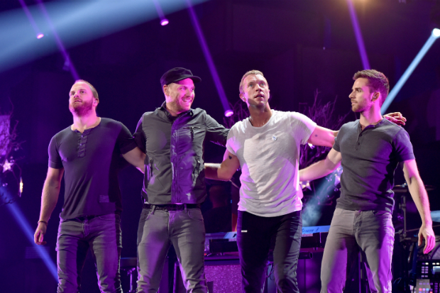 "Coldplay Menulis Lagu ""Game Of Thrones: The Musical"" Untuk Red Nose Day"