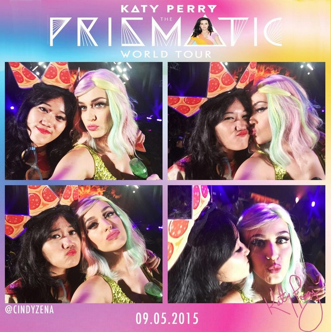 Katy Perry Kissed a Pizza Slut Girl in Prismatic World Tour, Indonesia