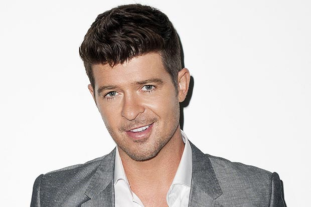 "Robin Thicke Rilis Single Baru ""Back Together"" Menampilkan Nicki Minaj"