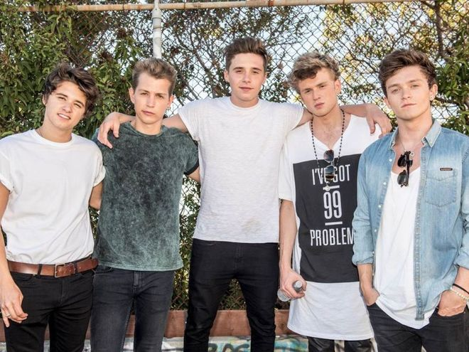 Brooklyn Beckham Bintangi Video Musik 'Wake Up' Milik The Vamps