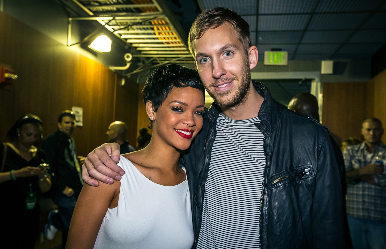 Calvin Harris Berkolaborasi Bersama Rihanna Lagi Untuk Single Barunya, 'This Is What You Came For'
