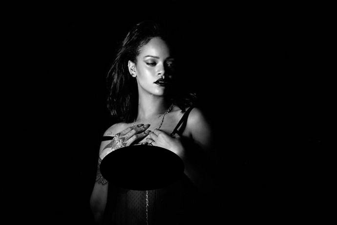 Lagu Demo 'Same Old Love' Versi Rihanna Bocor di Internet