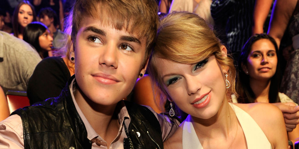 Justin Bieber Mengcover Lagu Taylor Swift, 'I Knew You Were Trouble'