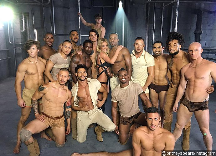 Video 'Make Me (Oooh)' Britney Spears Bocor Di Internet