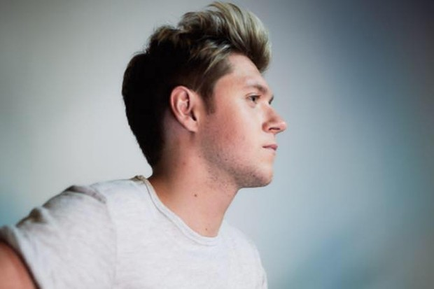 "Simon Cowell Sindir ""Prestasi"" Single Debut Niall Horan"