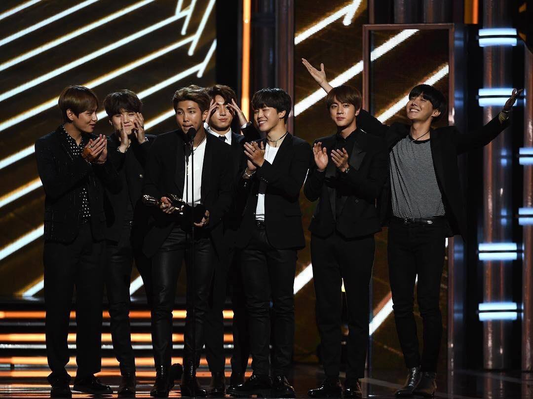 "Bawa Pulang ""Top Media Social Artist Award"", BTS Ingin Tampil Di Panggung Billboard Music Awards 2018"