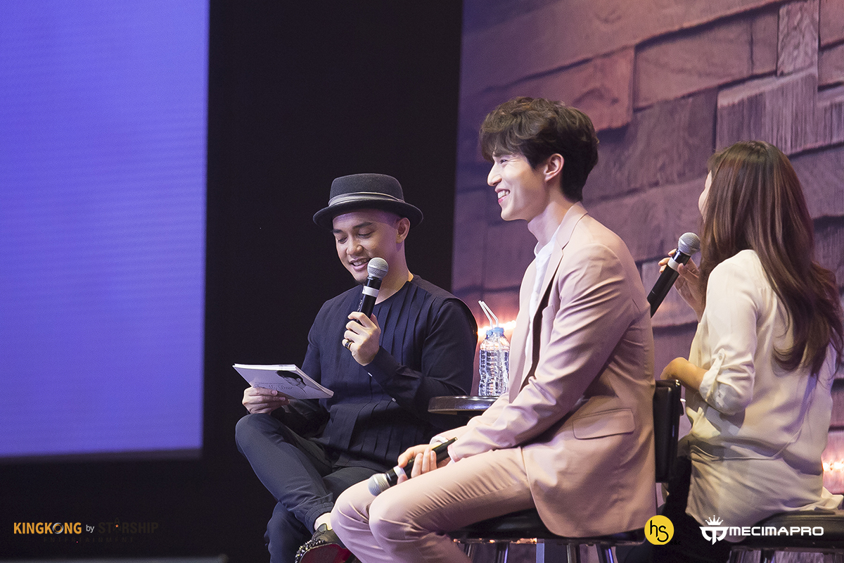 "Romantisnya Kencan Bareng Ahjussi Lee Dong Wook di Fanmeeting ""For My Dear"""