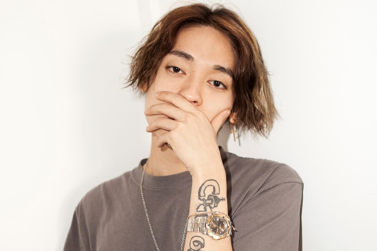 Rapper Okasian Resmi Teken Kontrak Dengan YG Entertainment Side-Agency 'Black Label'