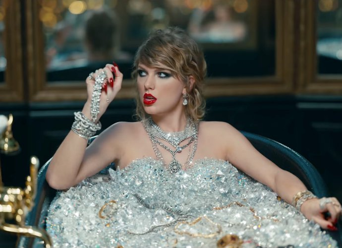 'Look What You Made Me Do' Taylor Swift Akhiri Dominasi 'Despacito' Di Hot 100