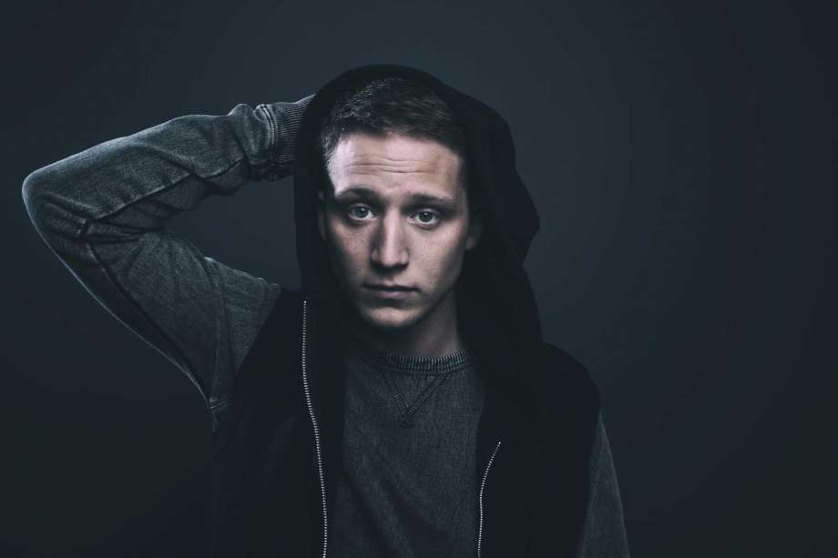 "Album ""Perception"" Milik Rapper NF Debut Di Posisi Teratas Billboard 200"