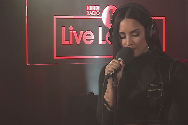 Demi Lovato Meng-Cover 'Too Good At Goodbyes' Sam Smith Untuk Live Lounge BBC Radio 1
