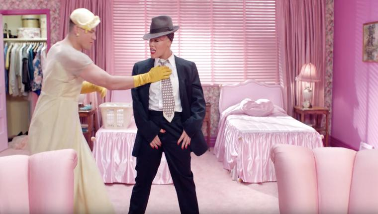 Pink Ajak Aktor Channing Tatum Dalam Video Musik Barunya, 'Beautiful Trauma'