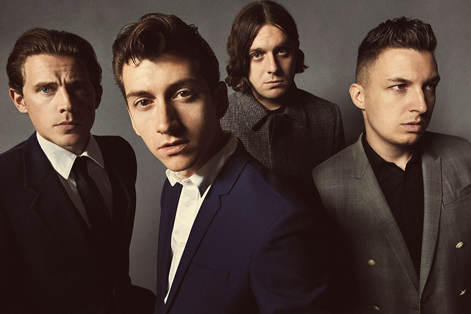 "Arctic Monkeys Akan Rilis Ulang Album Debut ""Whatever People Say I Am, That's What I'm Not"" Dalam Format Vinyl"