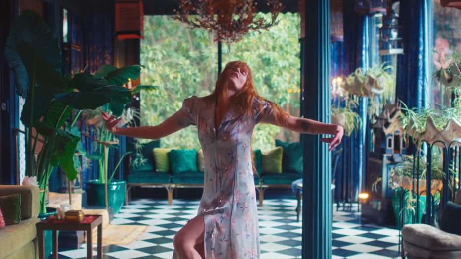 "Dengar Lagu Florence + The Machine Untuk ""game Of Thrones"", 'jenny Of Oldstones'"