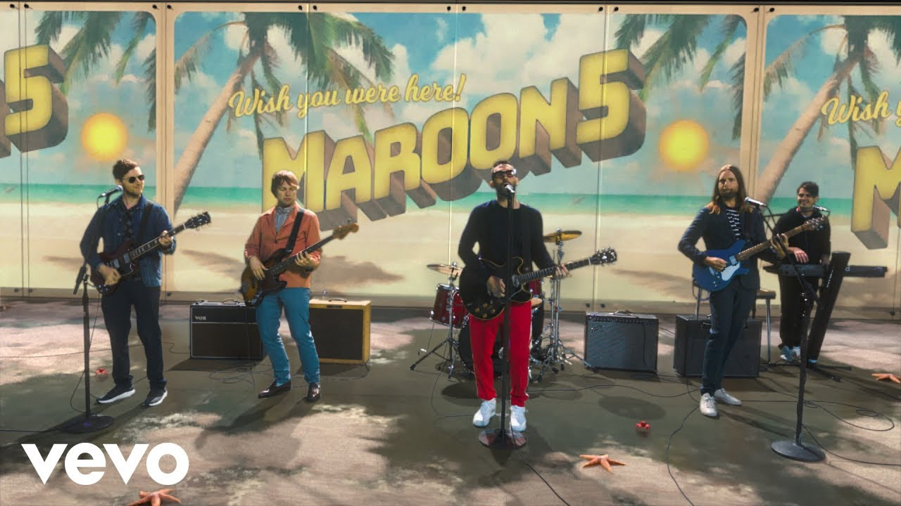 "Maroon 5 Hadirkan Video Baru Penuh Efek Visual, ""Three Little Birds"""