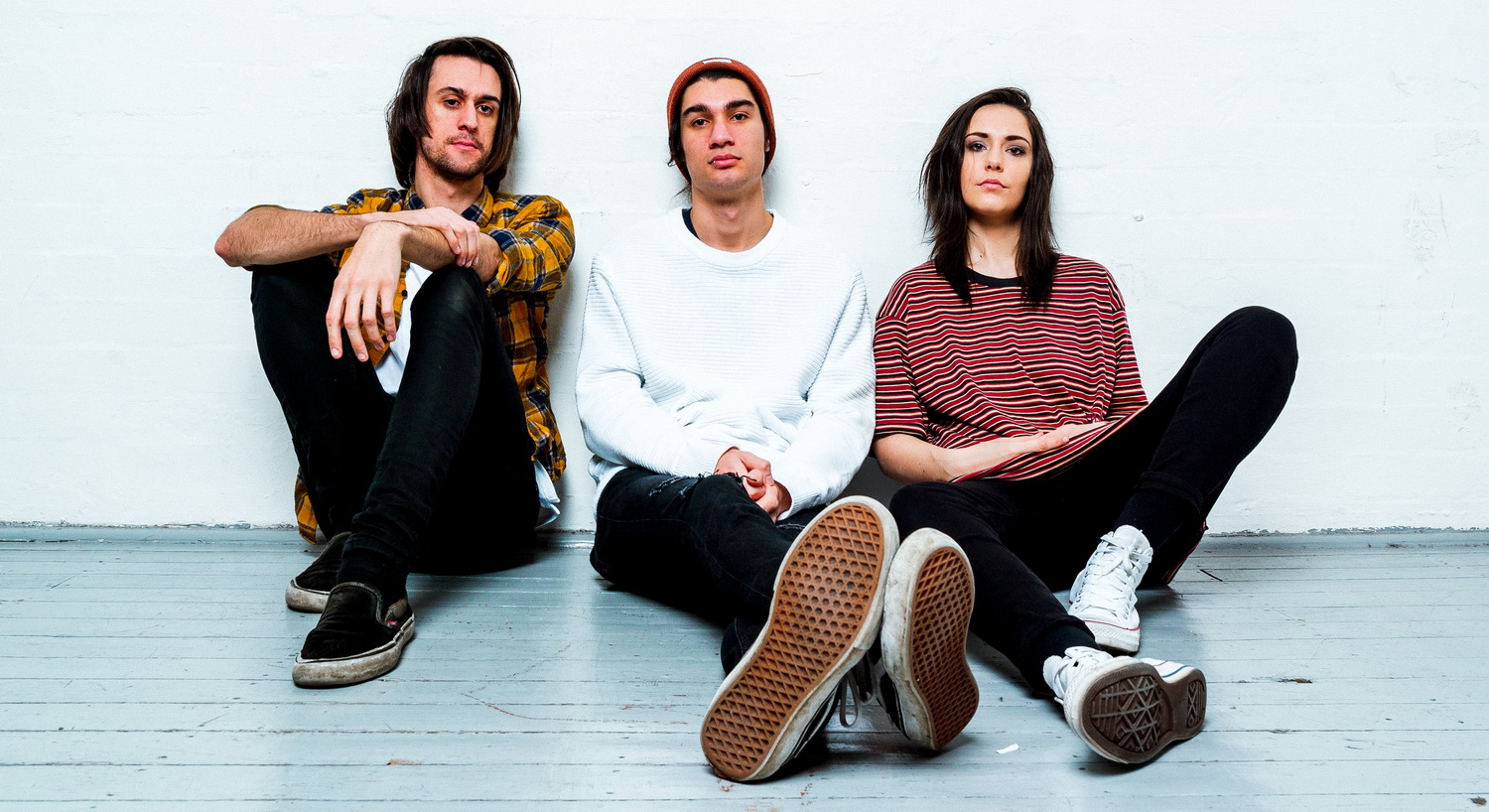 "Stand Atlantic Merilis Single Terbaru, ""Skinny Dipping"""