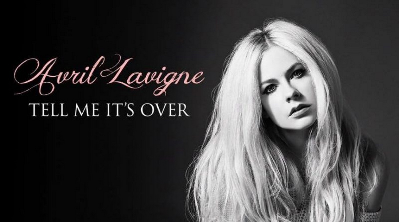 Kandasnya Asmara Avril Lavigne Dalam Video 'tell Me It's Over'