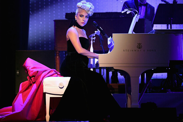 "Lady Gaga Buka Residensi Las Vegas Keduanya, ""jazz And Piano"""