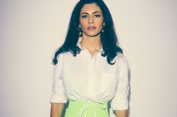 "Marina And The Diamonds Luncurkan Nama Baru & Single 'Handmade Heaven' & Umumkan Album ""LOVE + FEAR"""