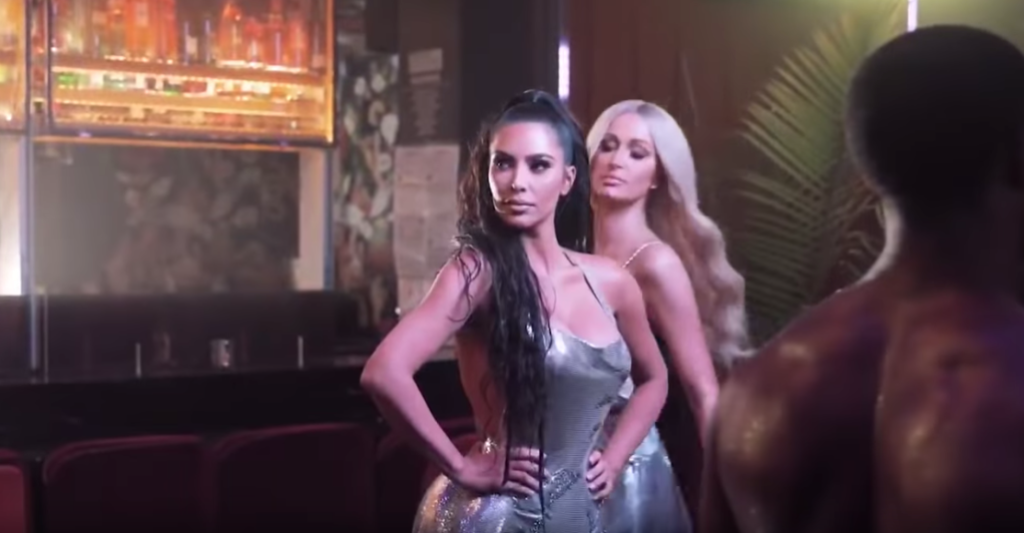 Paris Hilton Ajak Kim Kardashian Memeriahkan Video 'Best Friend's Ass'