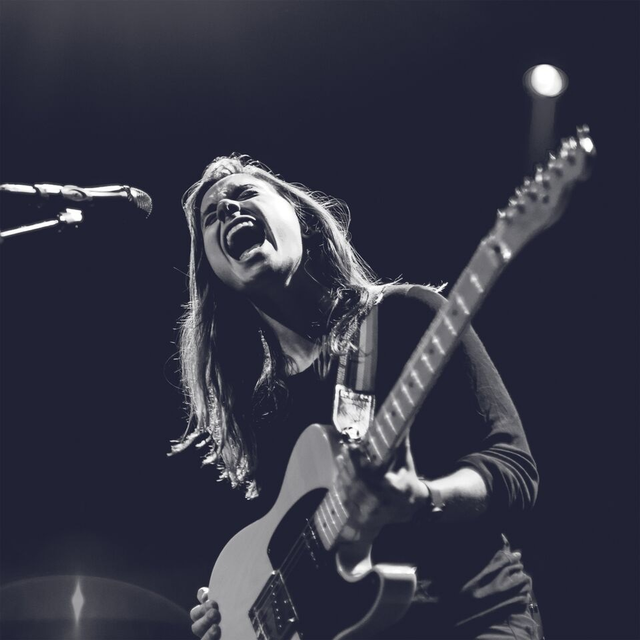 Julien Baker Comeback Dengan 2 Single Sekaligus, 'red Door' & 'conversation Piece'