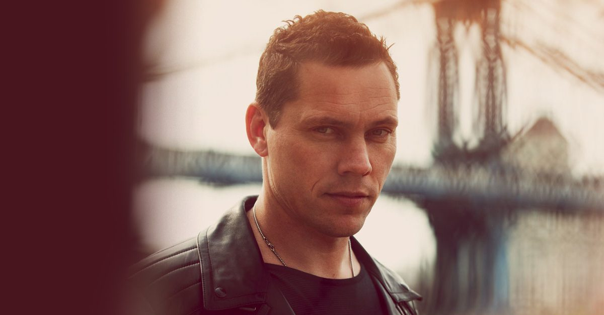 Tiësto & Mabel Persembahkan Anthem Lantai Dansa, 'God Is A Dancer'