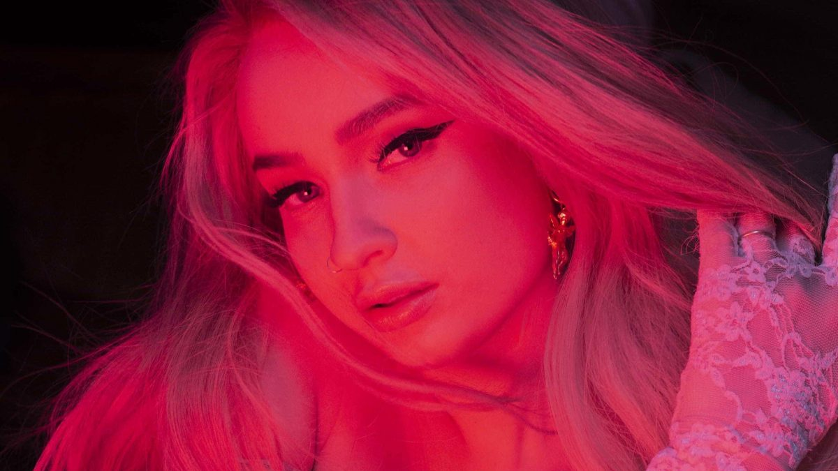 "Jelang Halloween, Kim Petras Rilis Album""Turn Off The Light"""