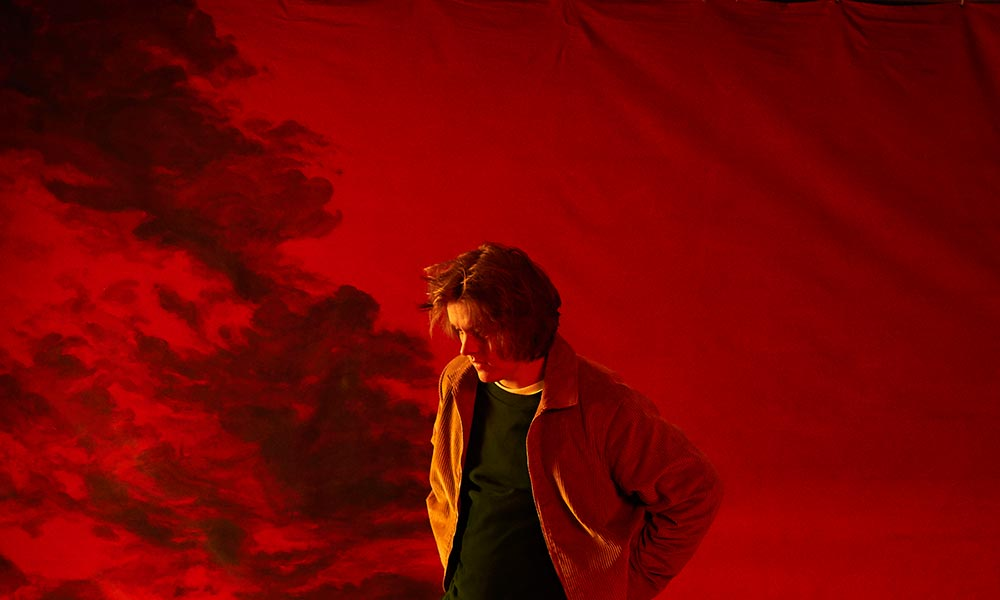 Lewis Capaldi Luncurkan Video Emosional Untuk 'Before You Go'