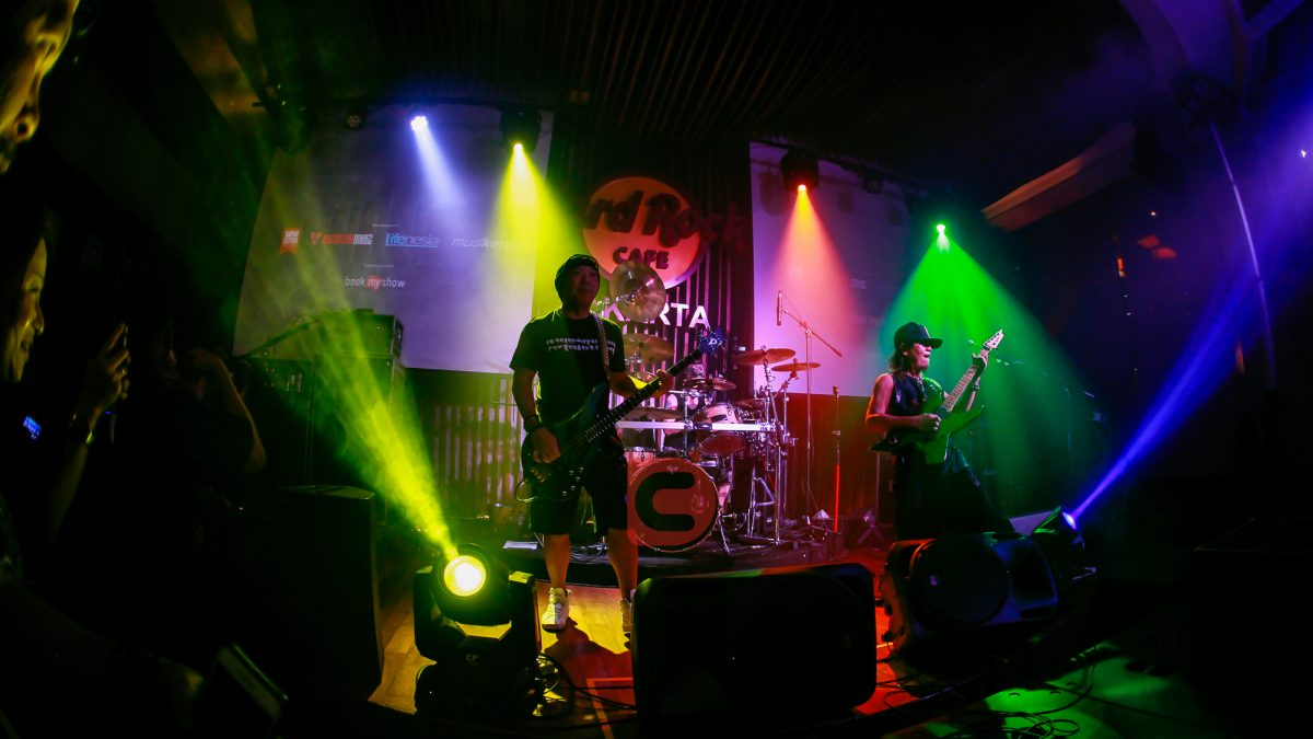 Konser Loudness di Hard Rock Cafe Jakarta: The Thunder is Back!