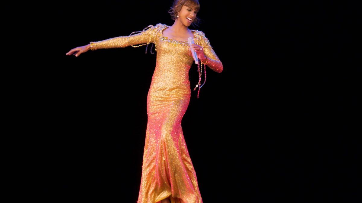 Tur Hologram Whitney Houston Banjir Ulasan Buruk