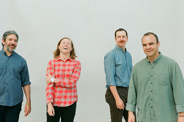 Future Islands Sajikan Anthem Synth-Pop 'For Sure' Sebagai Comeback