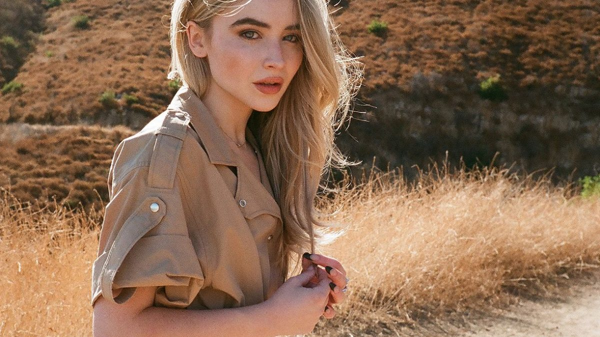 Lirik Lagu SABRINA CARPENTER – Skin